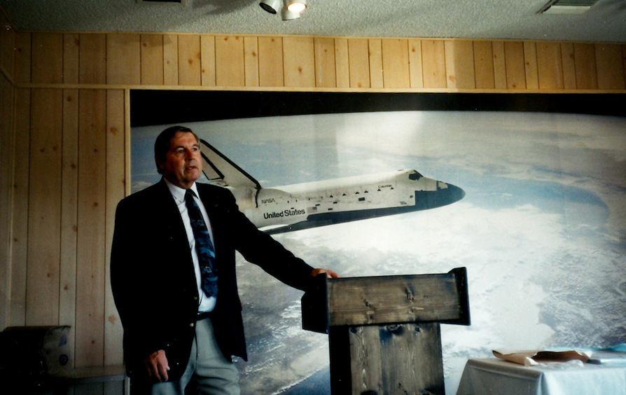 Thomas M. Heter II, an icon in the U.S. space launch industry and father of ULA's launch director for the mission.