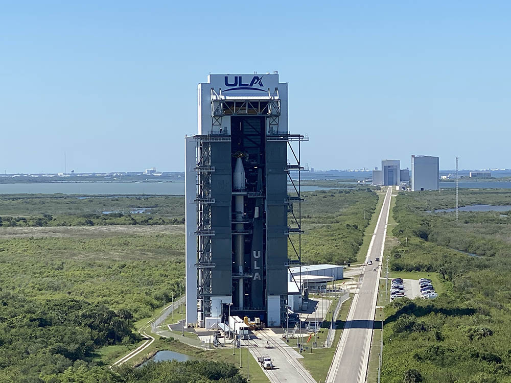 The SBIRS GEO Flight 5 satellite is mated atop the ULA Atlas V rocket at the Vertical Integration Facility adjacent to the Space Launch Complex-41 pad at Cape Canaveral Space Force, Florida. Photo by United Launch Alliance