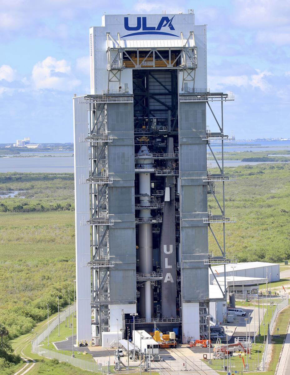 Atlas V and Starliner stand stacked in the Vertical Integration Facility for the Boeing OFT-2 mission in collaboration with NASA. Photo by United Launch Alliance