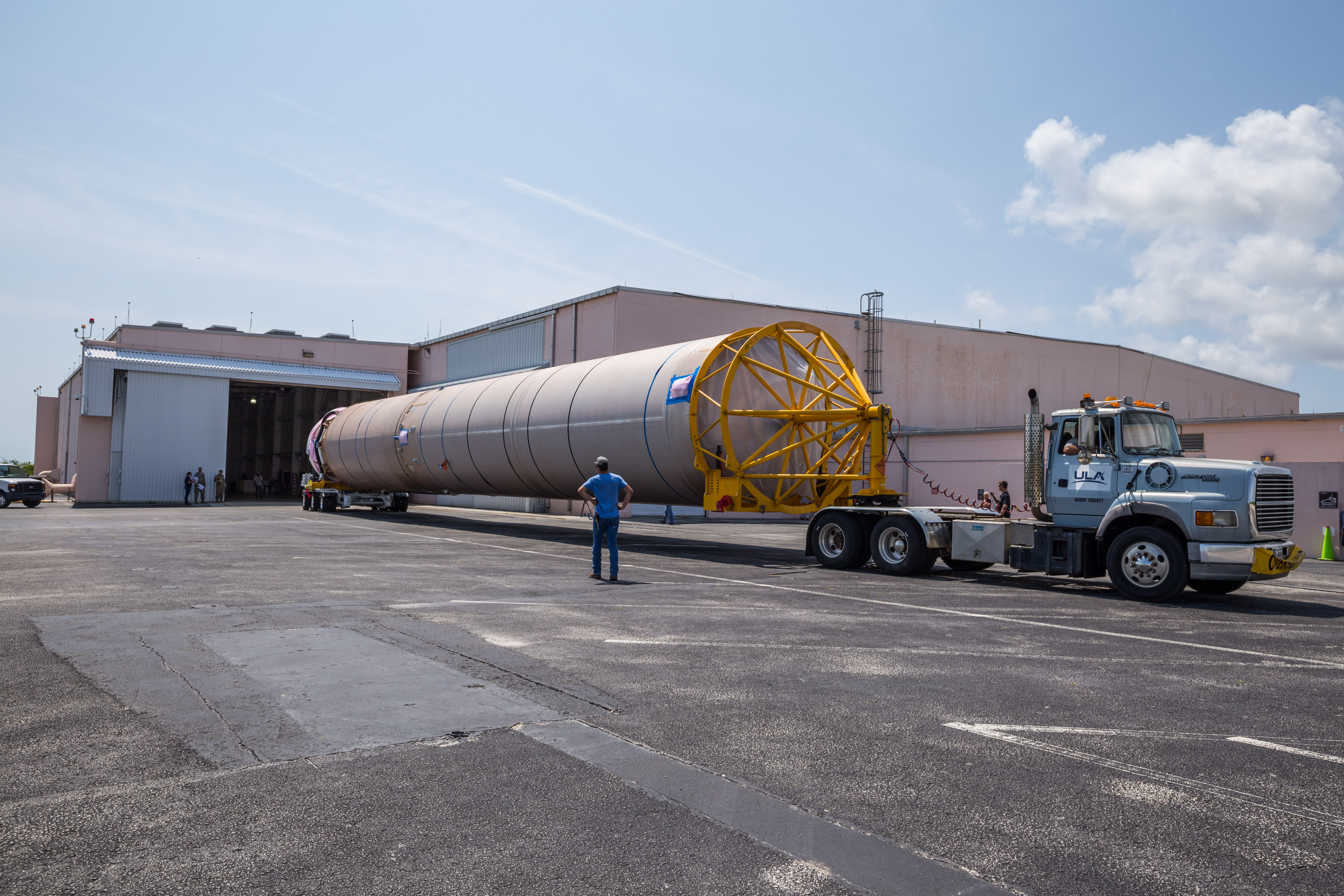 The CFT first stage enters the Atlas Spaceflight Operations Center. Photo by ULA