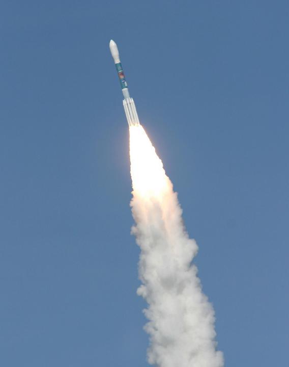 Delta II launches Gravity Probe-B. Photo by NASA