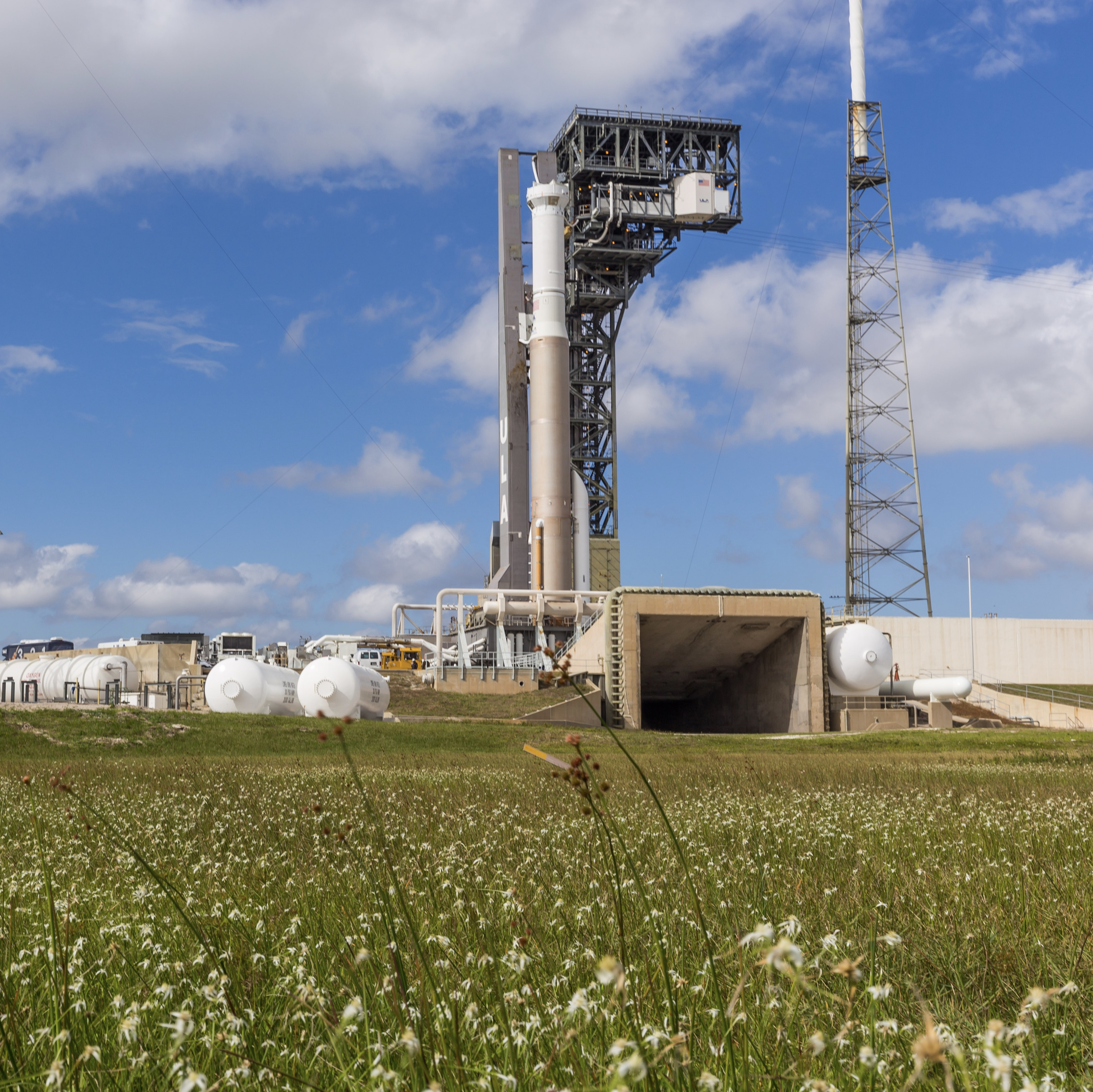 Atlas V on pad the pad for WDR. Photo by United Launch Alliance